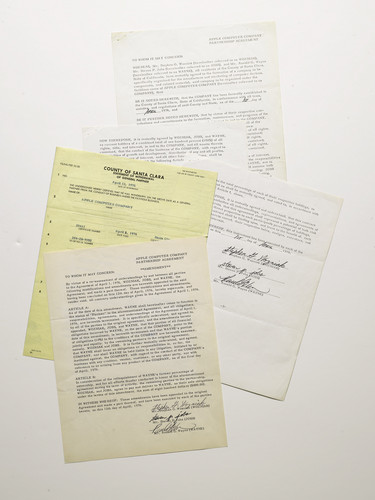 Apple founding contract image 002