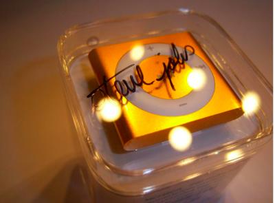 Steve jobs autograph ipod shuffle